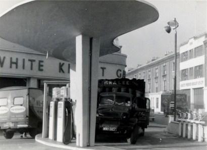 white knight garage.kensal rd.ss