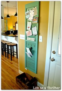 Beautiful shutter to hold important items - http://pinterest.com/pin/221028294183073104/