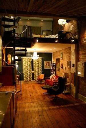 Mezzanine floor - http://pinterest.com/pin/221169031672213311/