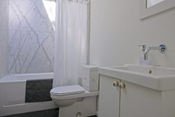 coleman_washroom_006
