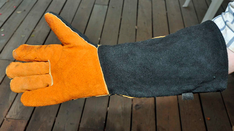 Leather long arm fireplace gloves