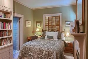 Asheville B&B Queen Bed Guest Room