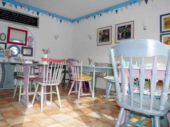 North Lodge Park Tea Rooms: Crepes and Cakes