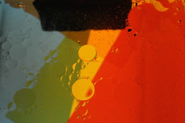 Coloured Circles by Paul Cummings