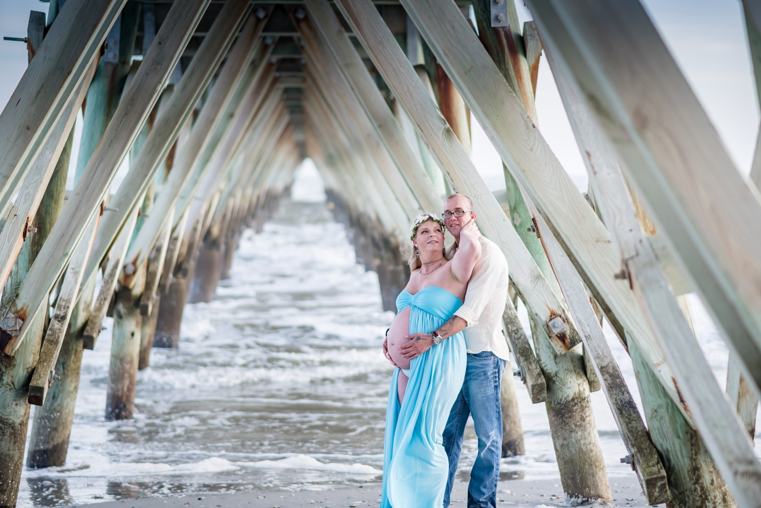 Myrtle Beach maternity photography session under the pier