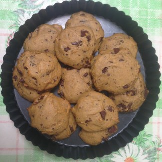 butternut squash chocolate chip cookies, which came out weirdly puffy but super yummy.