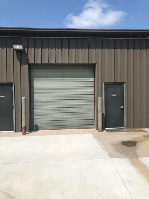 Suite 1803 - docking door (outside)