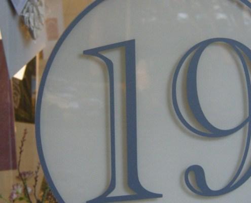 19 logo