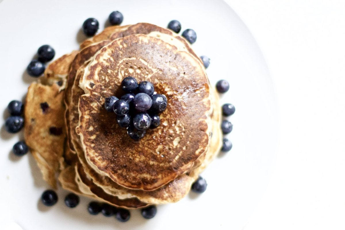 Blueberry Banana Cinnamon Pancakes (Vegan, Gluten-Free, Paleo)