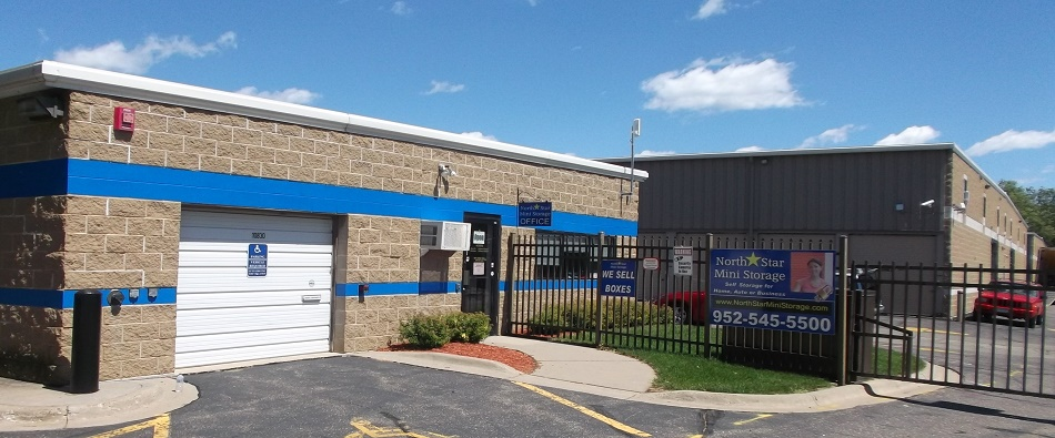 Self storage units in the Minnetonka, MN, area