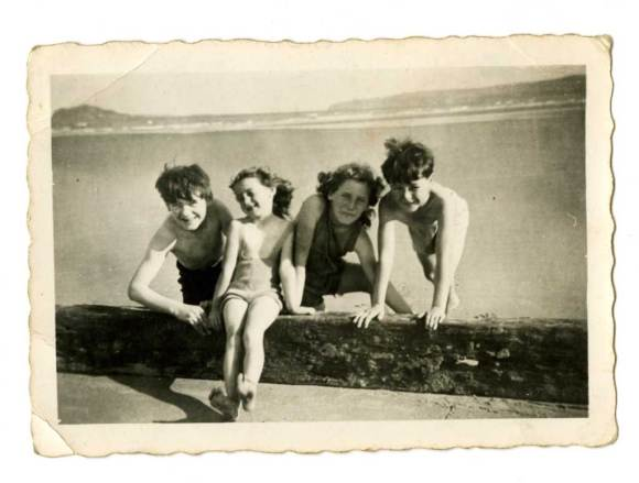 Francis O'Brien (jnr)(1st on right) with friends on Dollymount strand, c. 1943