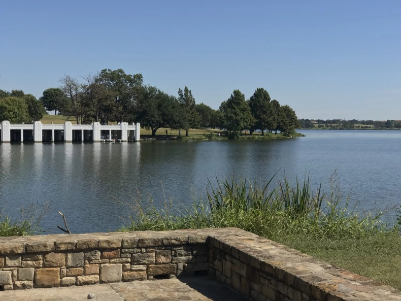 White Rock Lake: View from the edge