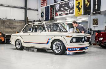 NorthWest-Auto-Salon-YIR-2015-BMW-2002-turbo