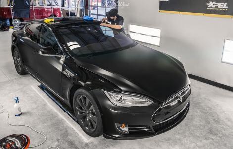 NorthWest-Auto-Salon-YIR-2015-Tesla-XPEL-Stealth-wrap