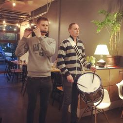 A surprise performance by two Danish Royal Guards (May 2018)