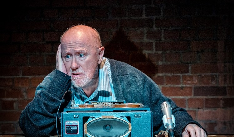 Connecting Voices – Leeds Playhouse