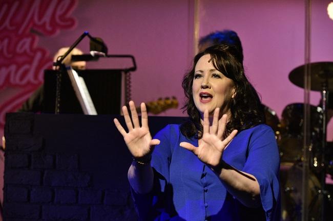 Tell me on a Sunday – Frinton Summer Theatre