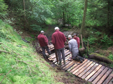 River Esk Volunteers - boardwalk repair along Danby Beck