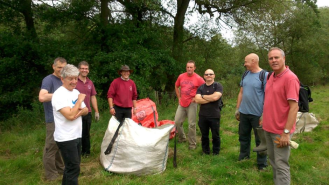 Environment Agency volunteers - Himalayan balsam control
