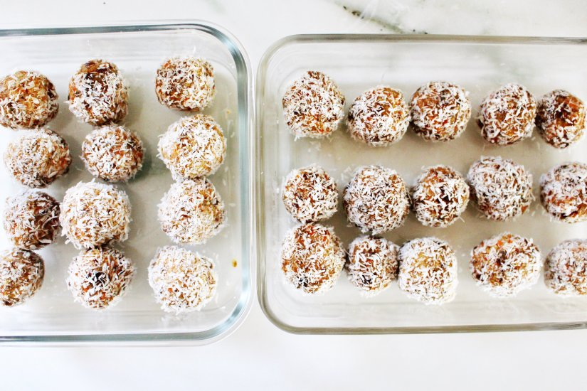 raw carrot cake balls