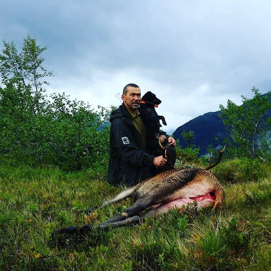 Jan Inge og Mira på hjortejakt