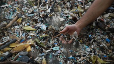 Plastic debris plastic pollution oceans