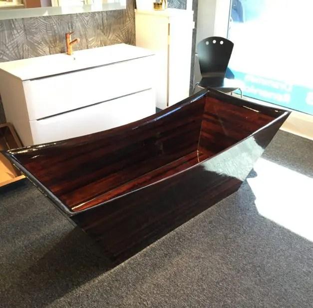 Norwegian Wood Design Bathtub