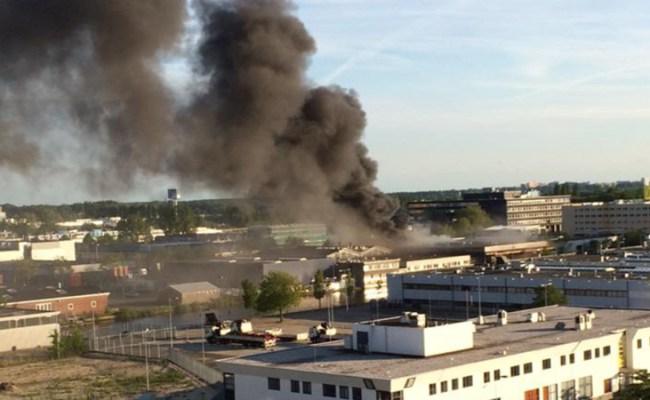 Grote Brand In Zalencomplex Amsterdam Nos