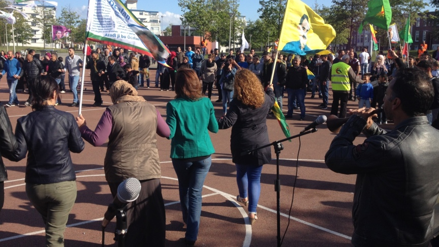 HDP supporters celebrate in The Hague, photo Ardy Stemerding, NOS
