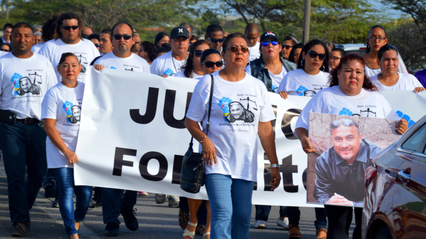 Aruba march for Mitch Henriquez, killed by The Hague police