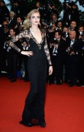 cannes-fashion-photos-carey-mulligan.sl.7.ss06-cara-delevingne-cannes-film-festival-fashion-5-15