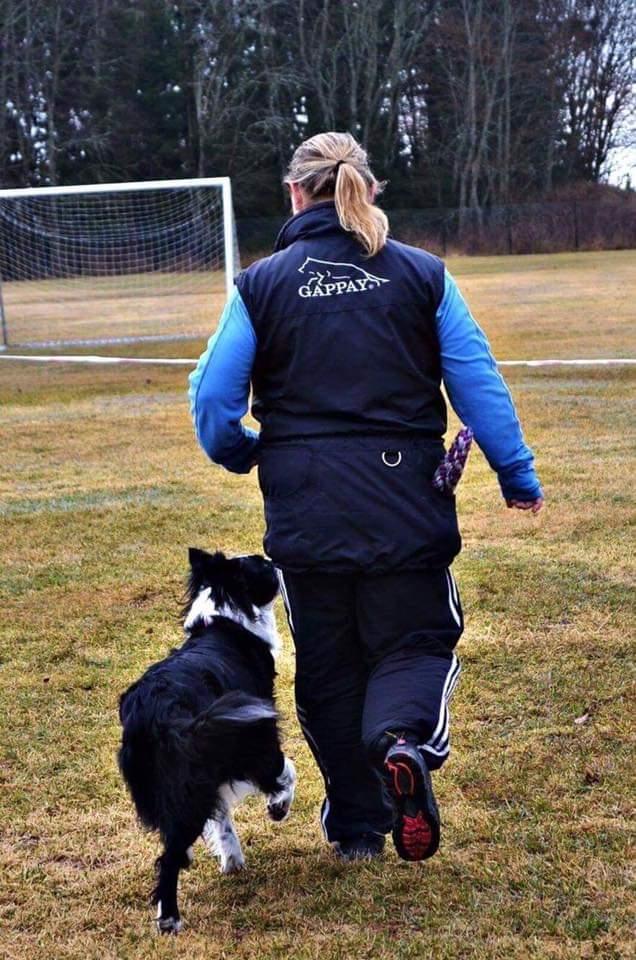 Veronica på trening med Chica