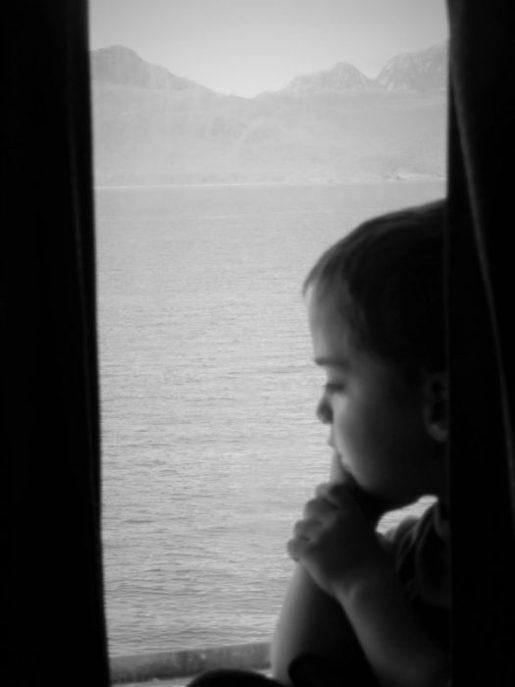 Navegando por los fiordos chilenos ¿qué estaría pensando?