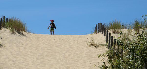 Pujant a les dunes prop de La Tremblade (França, 2016)