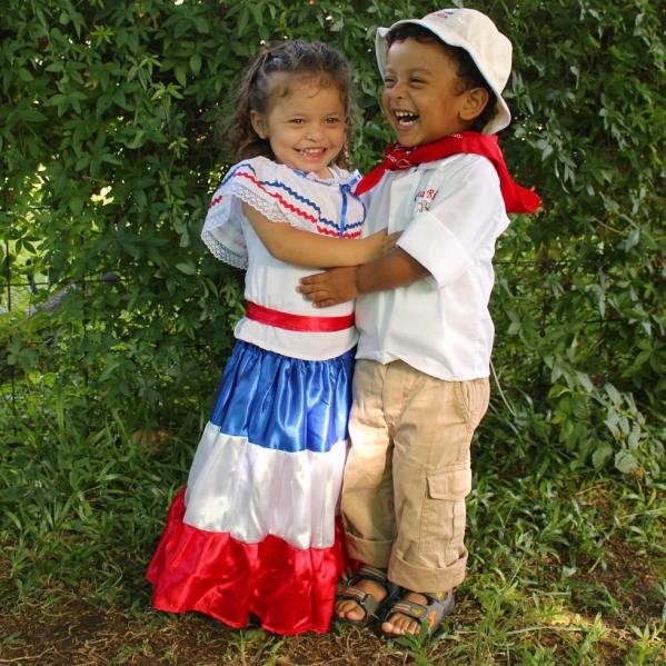 Costa-Rican-children-in-typical-costumes-ready-to-celebrate-annexation-of-Guanacaste-photo-credit-victormanuel01ve