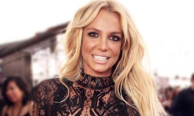 Britney Spears dá uma pausa na carreira de cantora para cuidar do pai