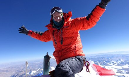 Navegador norte-americano torna-se o primeiro homem a cruzar a Antártida
