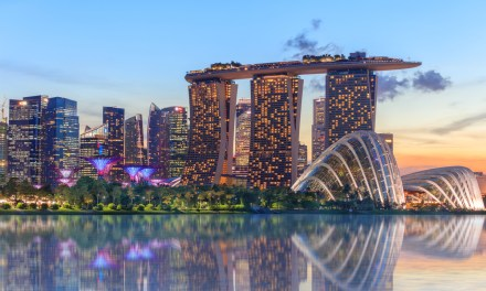 Adolescente tímido demais para pedir ajuda passou dez dias vagando por Singapura