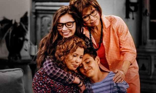 Crítica | One Day at a Time: 2ª Temporada – O Amadurecimento da Família Alvarez