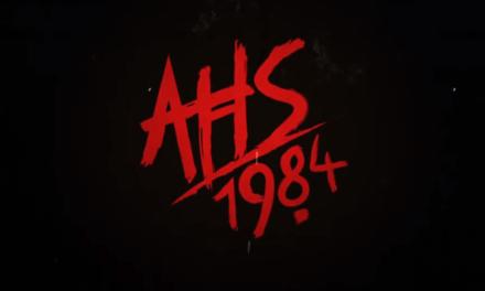 Novo teaser American Horror Story: 1984 mostra assassino atacando no lago