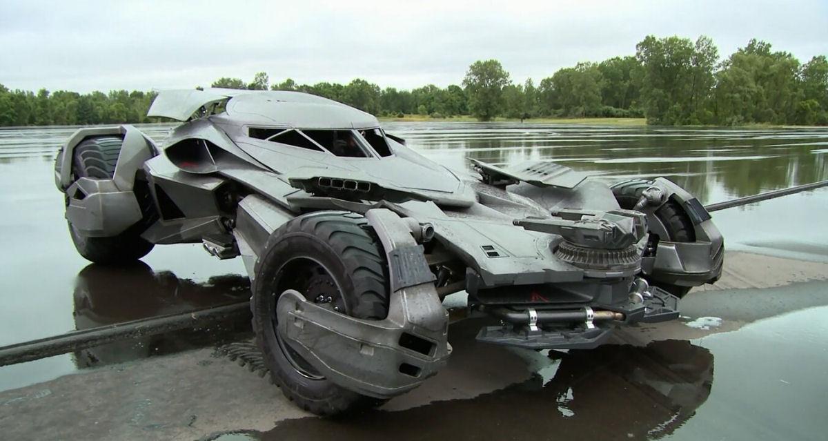 Compre seu próprio Batmóvel por apenas 3,5 milhões de reais