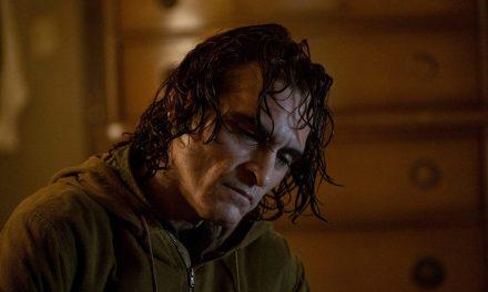 Joaquin Phoenix tinha receio de trabalhar em filmes adaptados de HQs, antes de Coringa