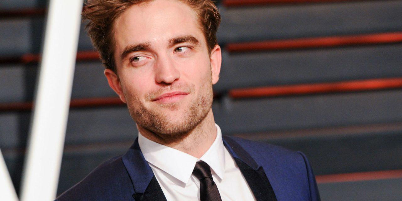 Robert Pattinson sugere Jennifer Lopez para o papel de Batman