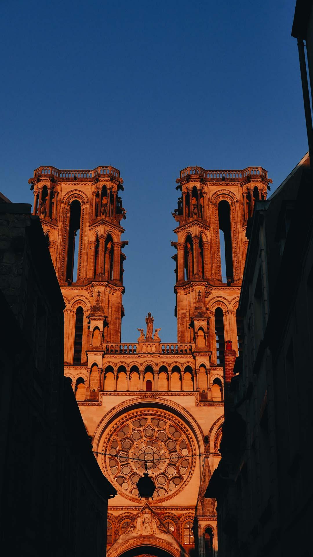 cathédrale Laon coucher soleil