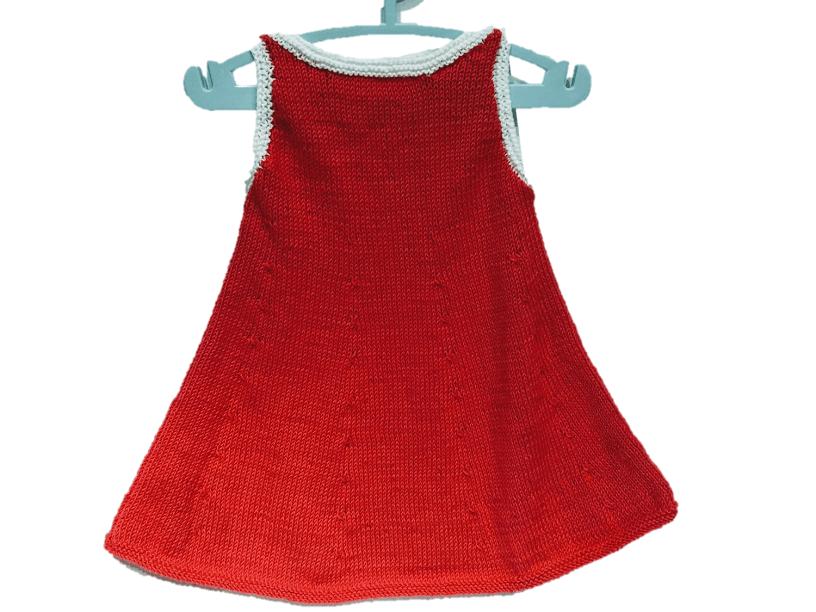 vestido bebe tejido con dos agujas.