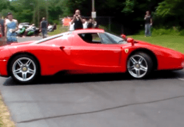 2 FERRARIS leave show