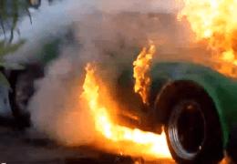Vette Flames out doing Burnout!