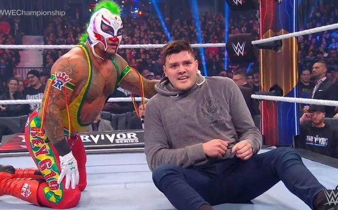 Rey Mysterio & Dominick