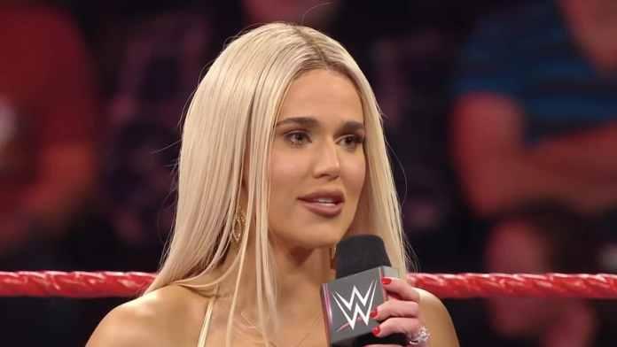 La madre de la superestrella de WWE Lana en cuidados intensivos por COVID-19 1