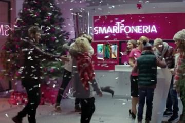 T-Mobile Smartfoneria. Patrycja Kazadi i Piotr Kędzierski.